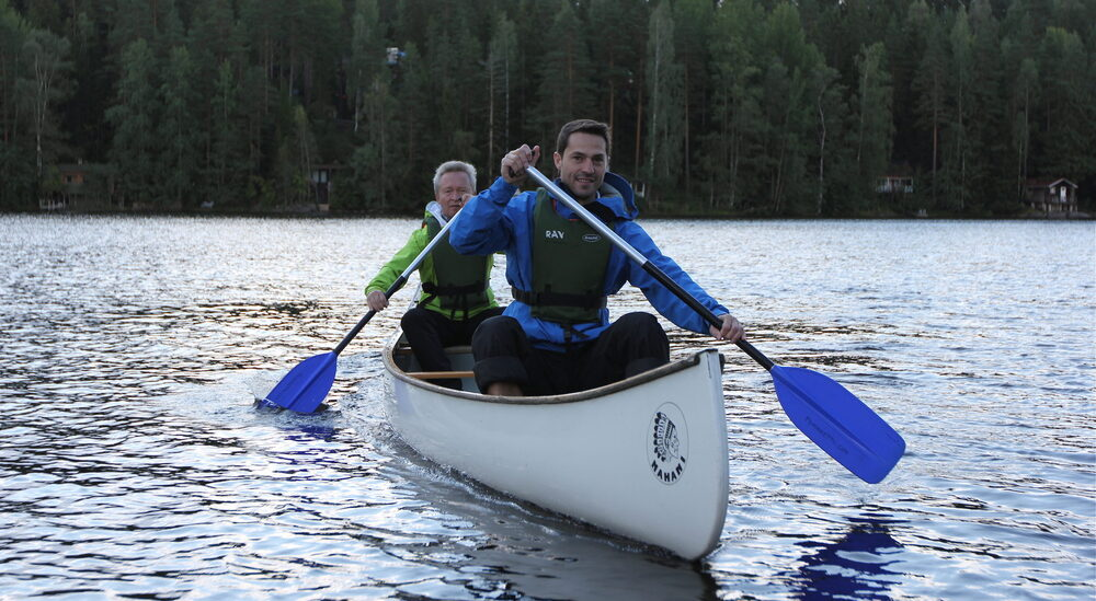 Good Spirit Canoeing, open canoes at lake Siikajärvi Nuuksio