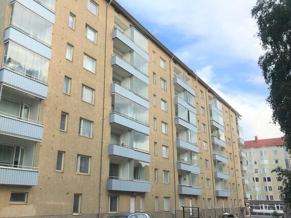 Tampere, Hakametsä, kerrostalo, kolmio, sauna